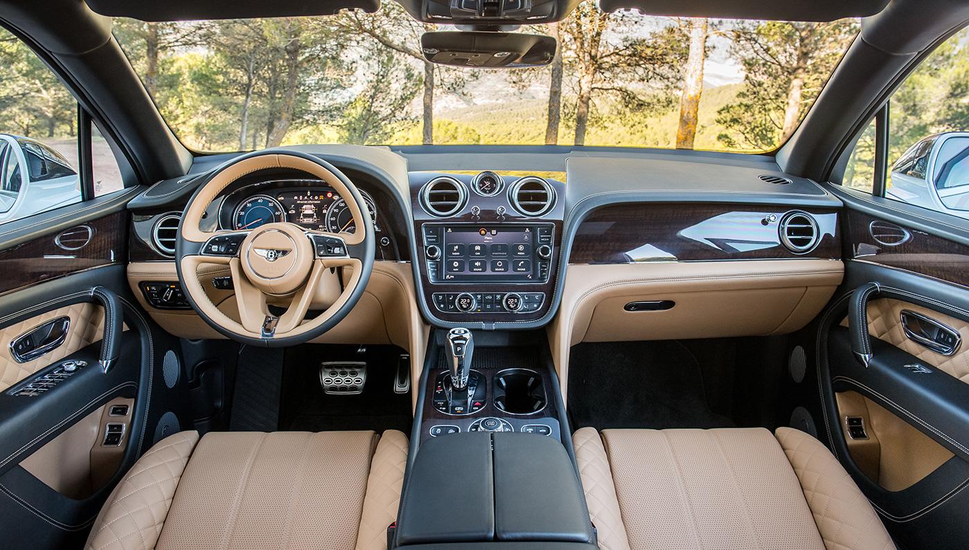 2017 Bentley Bentayga Side Culture Interior